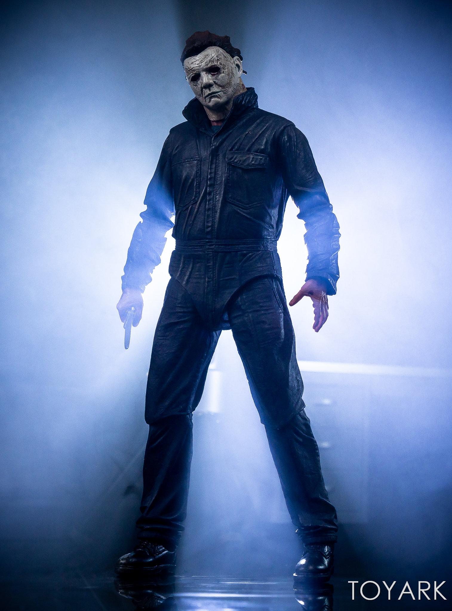 https://news.toyark.com/wp-content/uploads/sites/4/2018/11/Halloween-2018-Michael-Myers-Figure-060.jpg