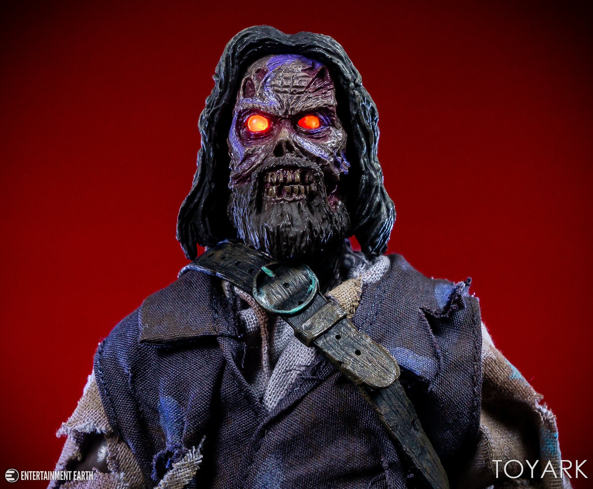 https://news.toyark.com/wp-content/uploads/sites/4/2018/11/NECA-Captain-Blake-The-Fog-008.jpg