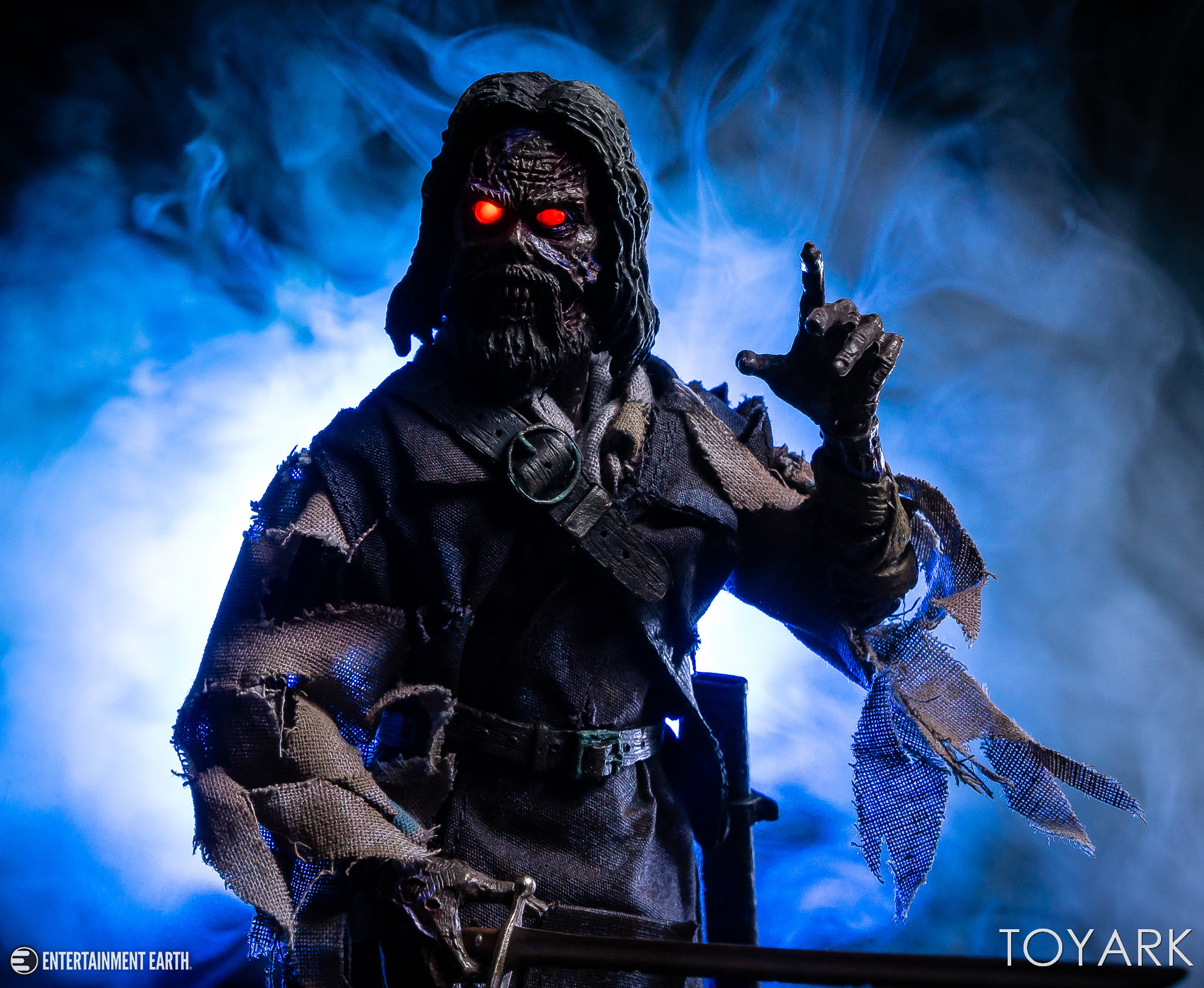 https://news.toyark.com/wp-content/uploads/sites/4/2018/11/NECA-Captain-Blake-The-Fog-029.jpg