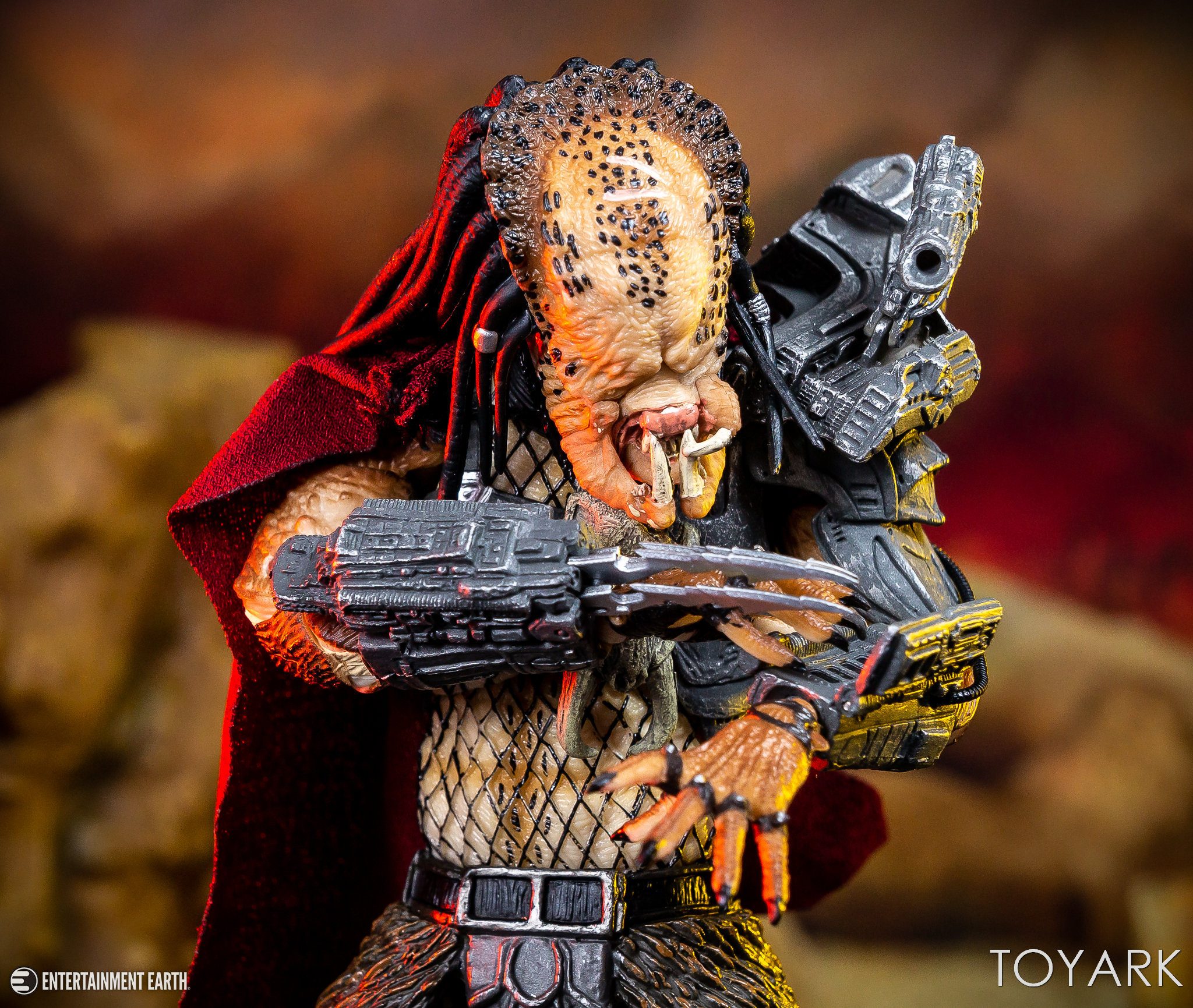 https://news.toyark.com/wp-content/uploads/sites/4/2018/11/NECA-Ultimate-Ahab-Predator-033.jpg
