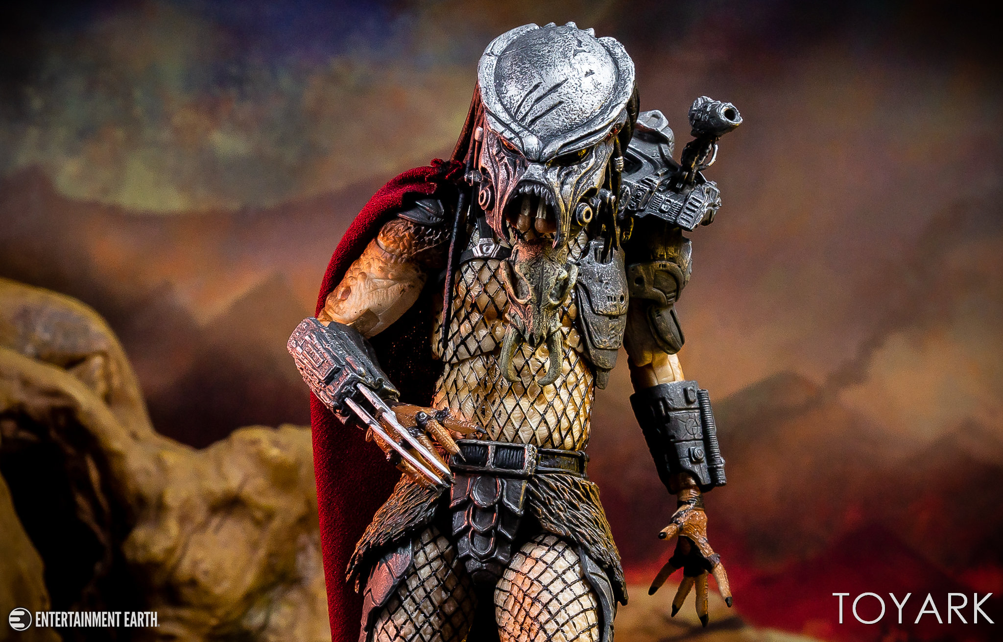 https://news.toyark.com/wp-content/uploads/sites/4/2018/11/NECA-Ultimate-Ahab-Predator-036.jpg