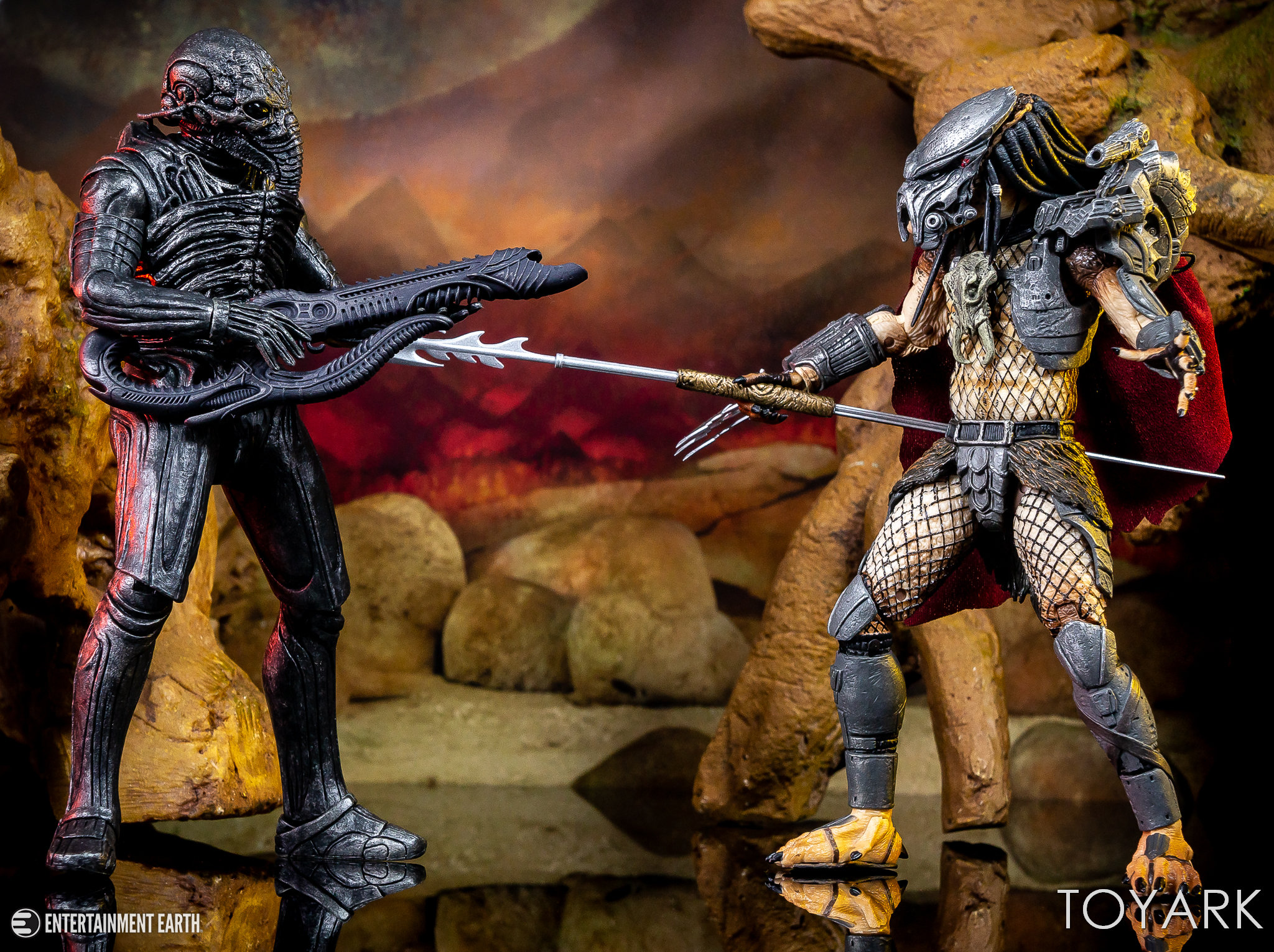 https://news.toyark.com/wp-content/uploads/sites/4/2018/11/NECA-Ultimate-Ahab-Predator-037.jpg