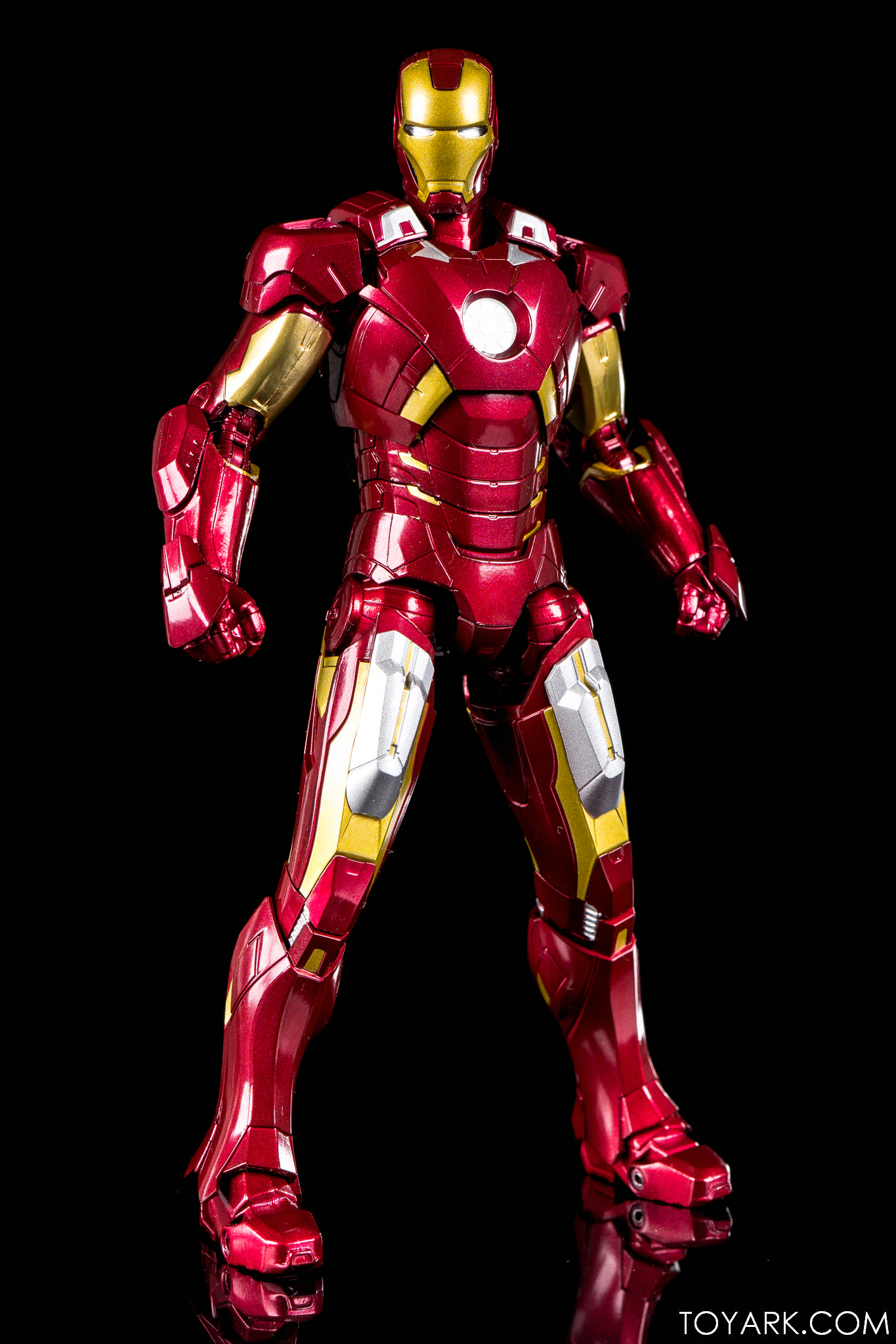 S.H. Figuarts Iron Man Mark VII In-Hand Gallery! – The Toyark  My Gifts, Games, & Toys