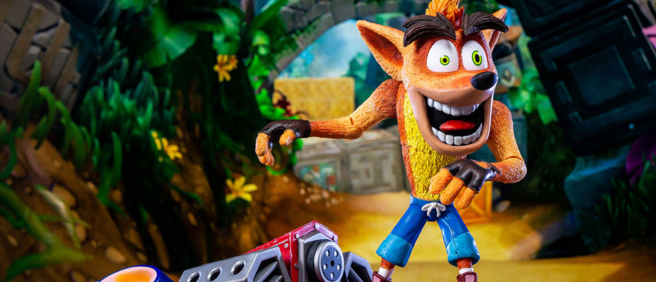 NECA Crash Bandicoot with Jet Board Deluxe Figure - Toyark Photo Shoot