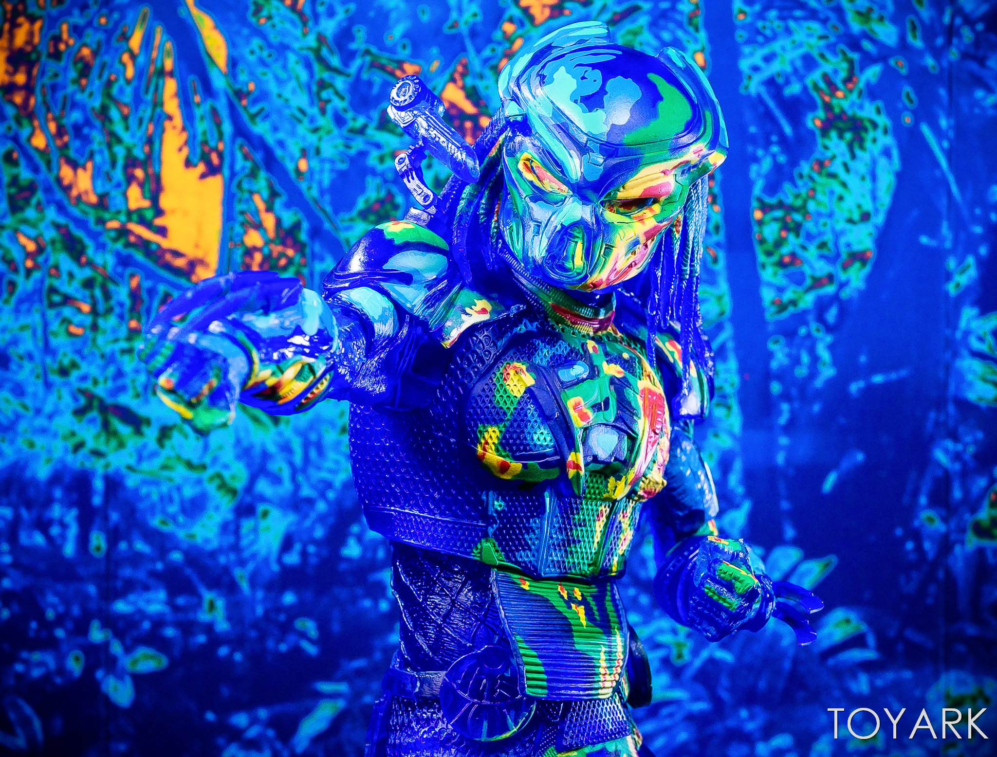 https://news.toyark.com/wp-content/uploads/sites/4/2018/12/NECA-Predator-2018-Thermal-Vision-Predator-035.jpg