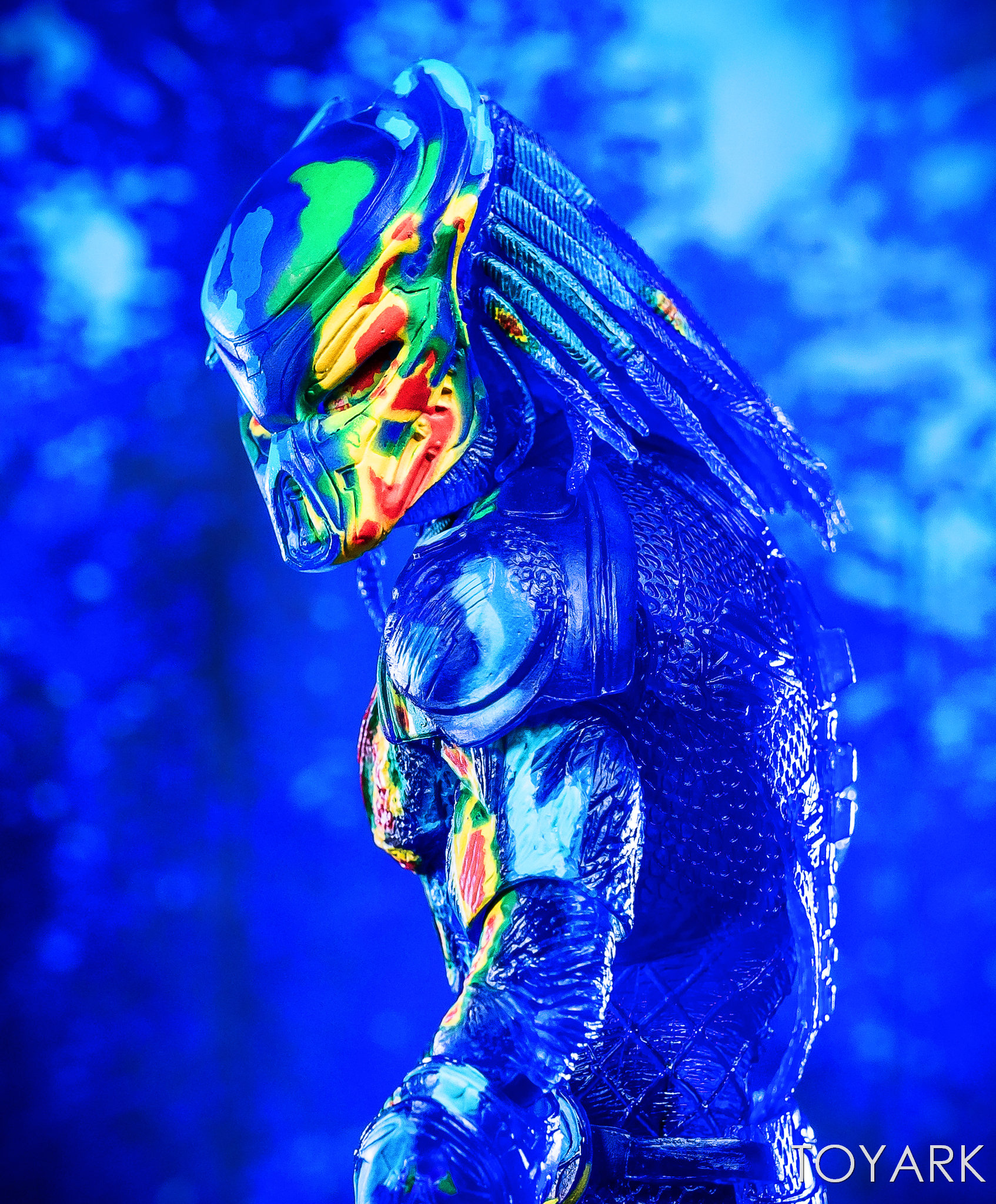 https://news.toyark.com/wp-content/uploads/sites/4/2018/12/NECA-Predator-2018-Thermal-Vision-Predator-036.jpg