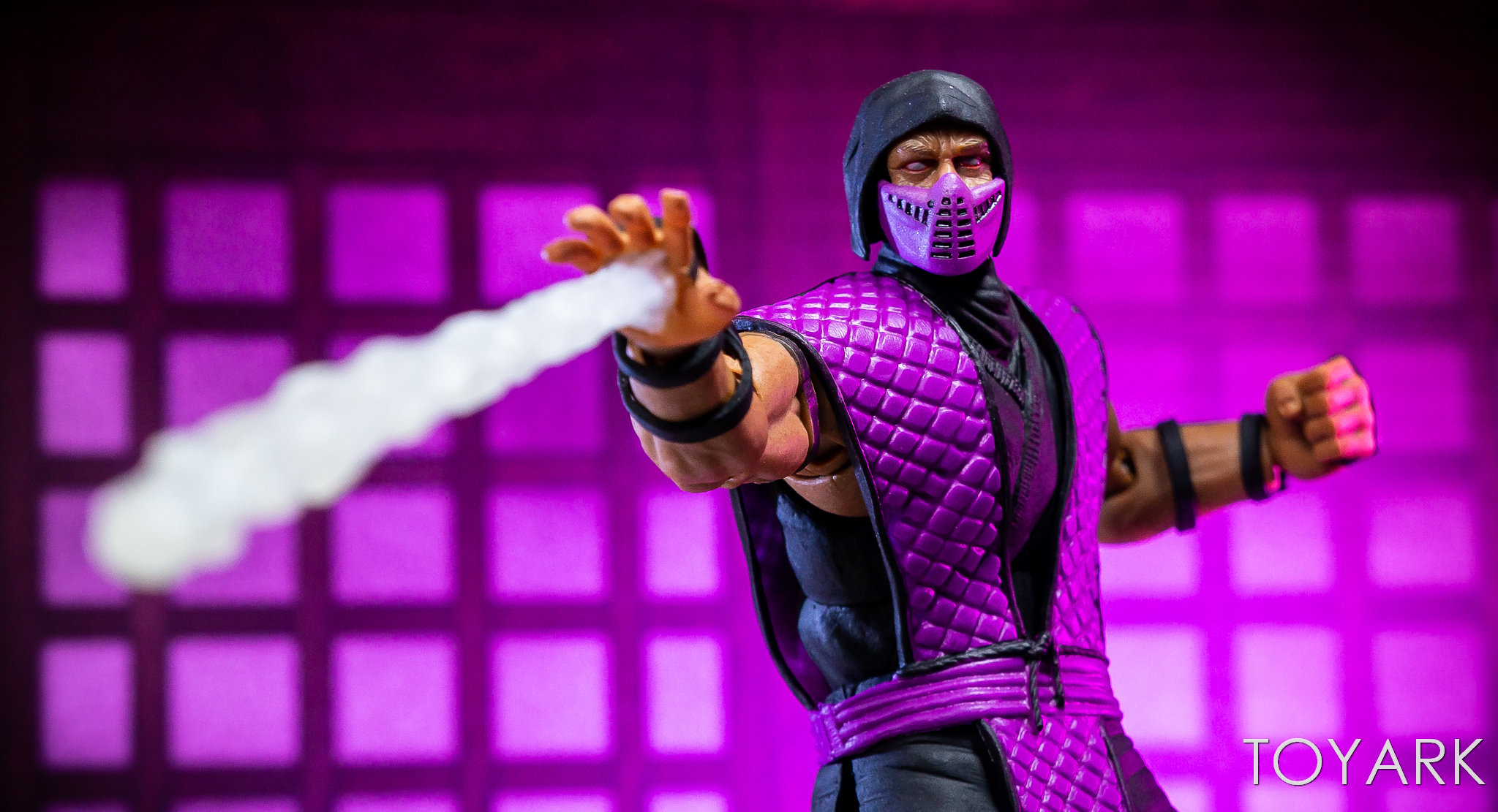 https://news.toyark.com/wp-content/uploads/sites/4/2018/12/Storm-NYCC-18-Mortal-Kombat-Figures-020.jpg
