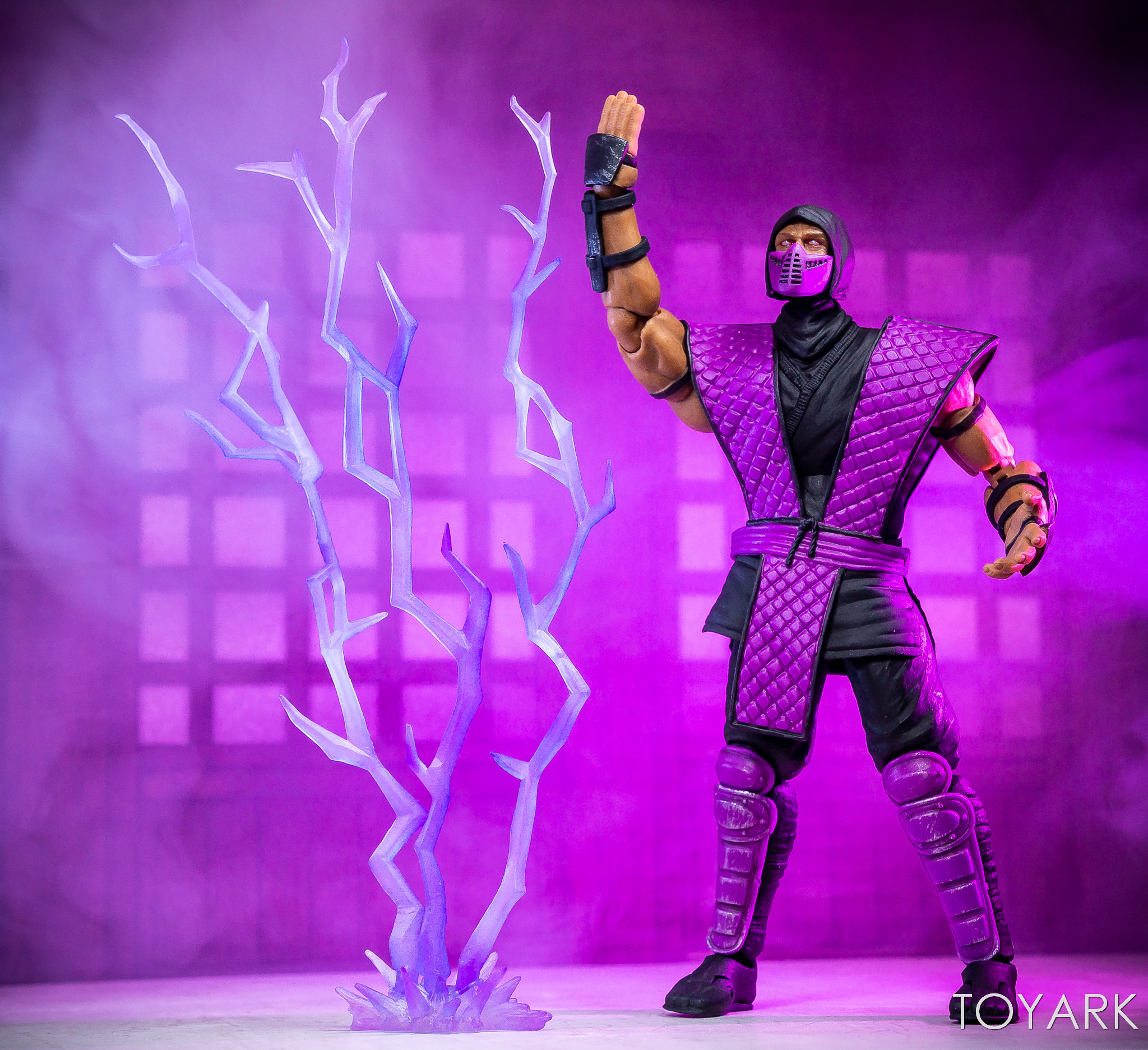 https://news.toyark.com/wp-content/uploads/sites/4/2018/12/Storm-NYCC-18-Mortal-Kombat-Figures-022.jpg