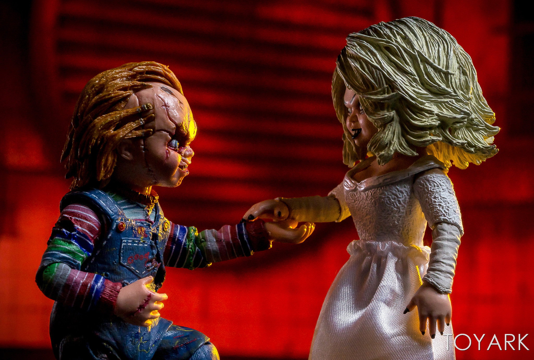 https://news.toyark.com/wp-content/uploads/sites/4/2019/01/Bride-of-Chucky-NECA-Set-027.jpg