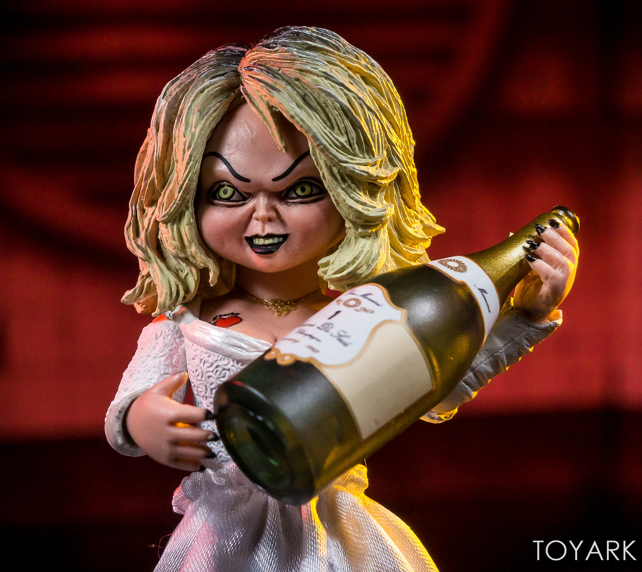 https://news.toyark.com/wp-content/uploads/sites/4/2019/01/Bride-of-Chucky-NECA-Set-028.jpg
