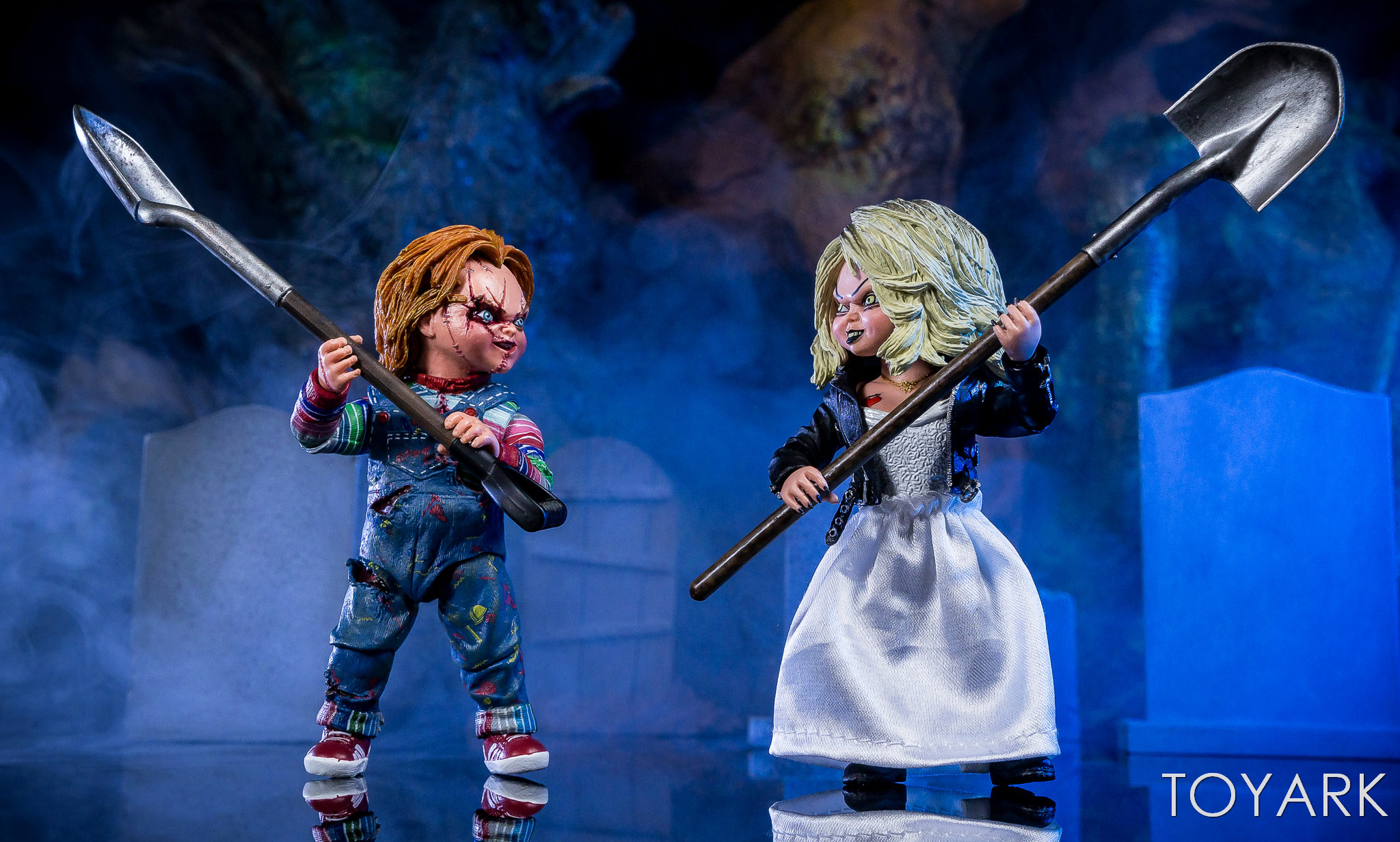 https://news.toyark.com/wp-content/uploads/sites/4/2019/01/Bride-of-Chucky-NECA-Set-057.jpg