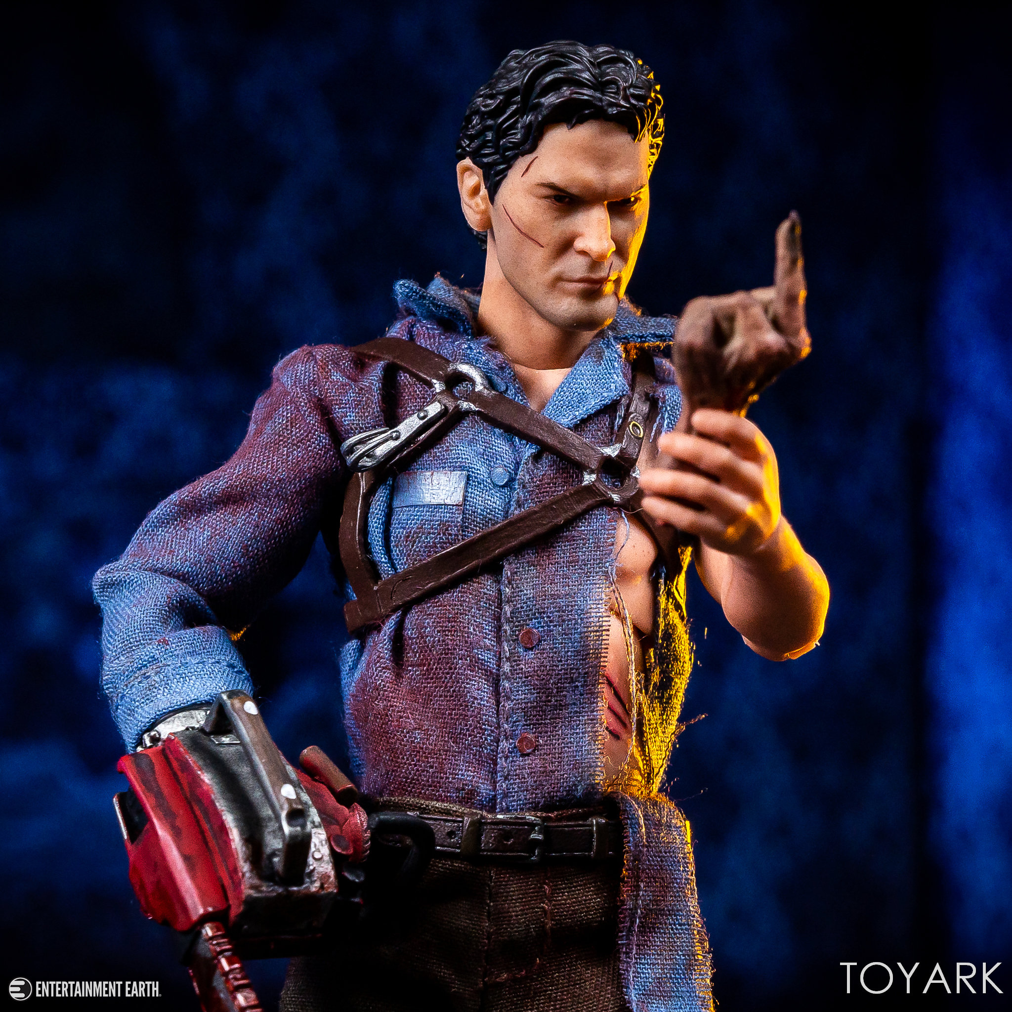 https://news.toyark.com/wp-content/uploads/sites/4/2019/01/Mezco-One12-Evil-Dead-2-Ash-032.jpg