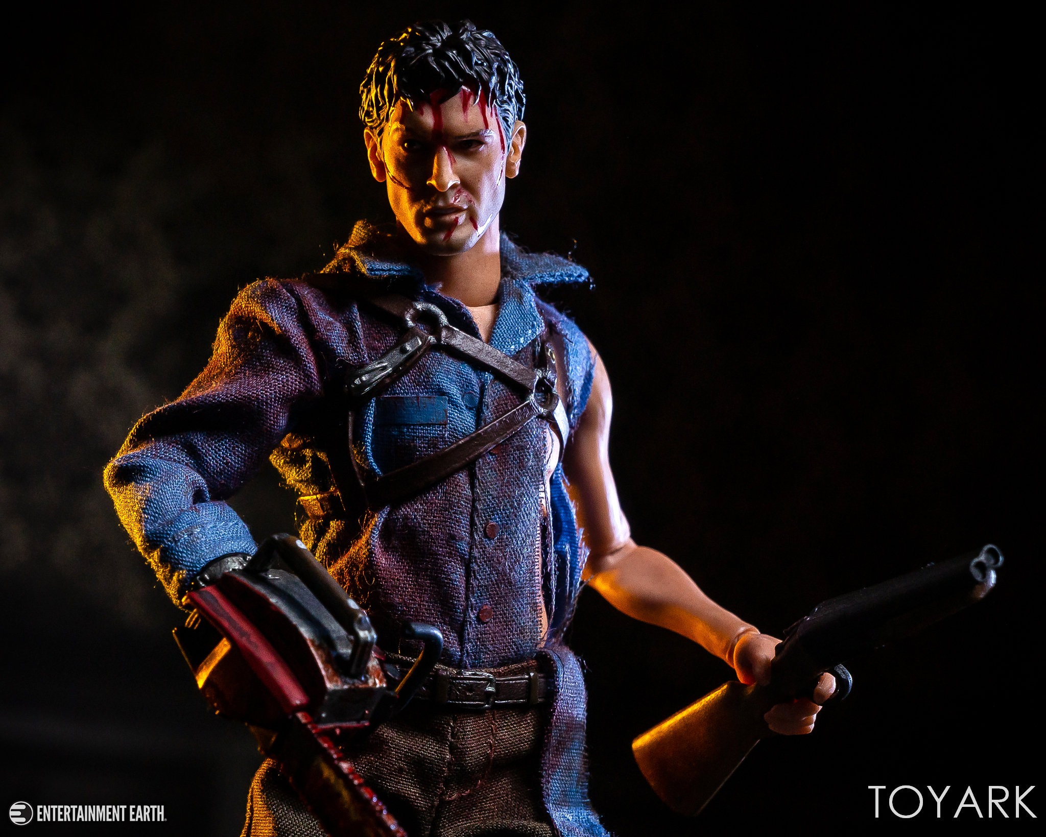 https://news.toyark.com/wp-content/uploads/sites/4/2019/01/Mezco-One12-Evil-Dead-2-Ash-036.jpg