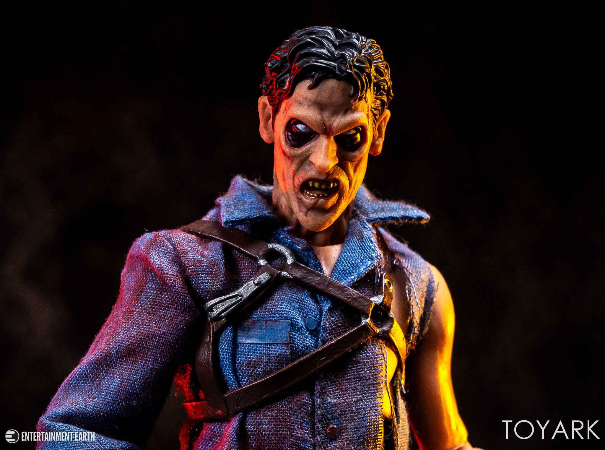 https://news.toyark.com/wp-content/uploads/sites/4/2019/01/Mezco-One12-Evil-Dead-2-Ash-043.jpg