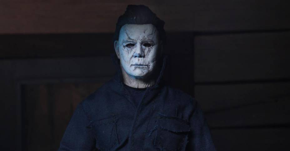 NECA has revealed a retro clothed version of Michael Myers.