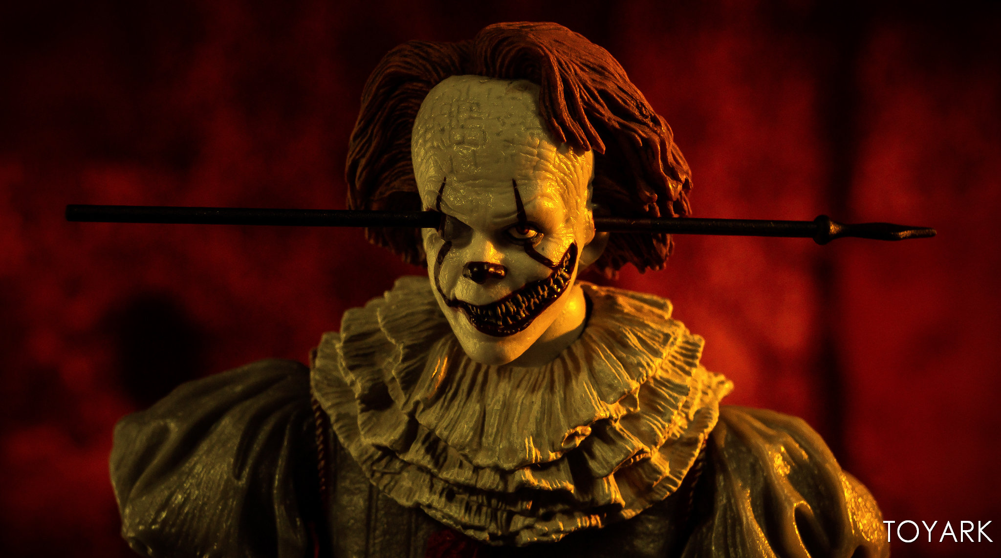 https://news.toyark.com/wp-content/uploads/sites/4/2019/03/Well-House-Pennywise-Gallery-020.jpg