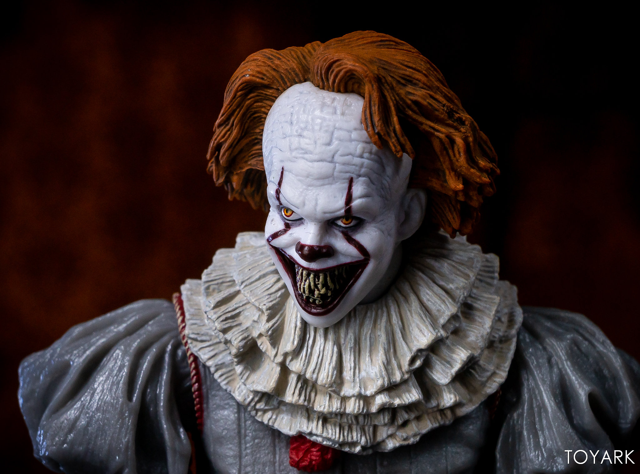 https://news.toyark.com/wp-content/uploads/sites/4/2019/03/Well-House-Pennywise-Gallery-021.jpg