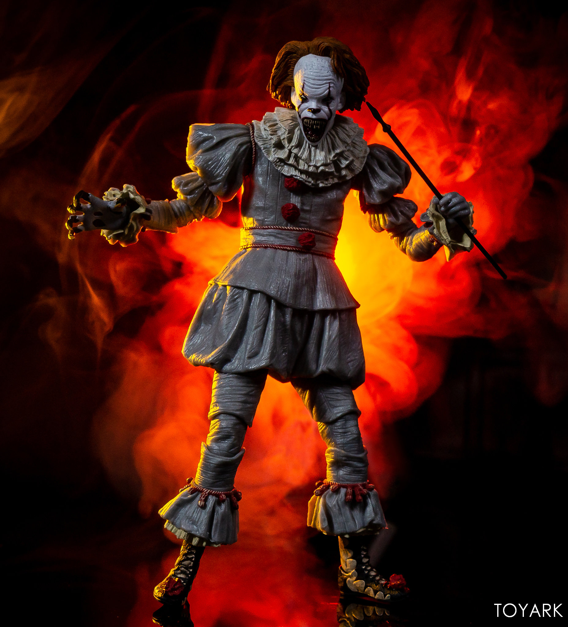 https://news.toyark.com/wp-content/uploads/sites/4/2019/03/Well-House-Pennywise-Gallery-026.jpg