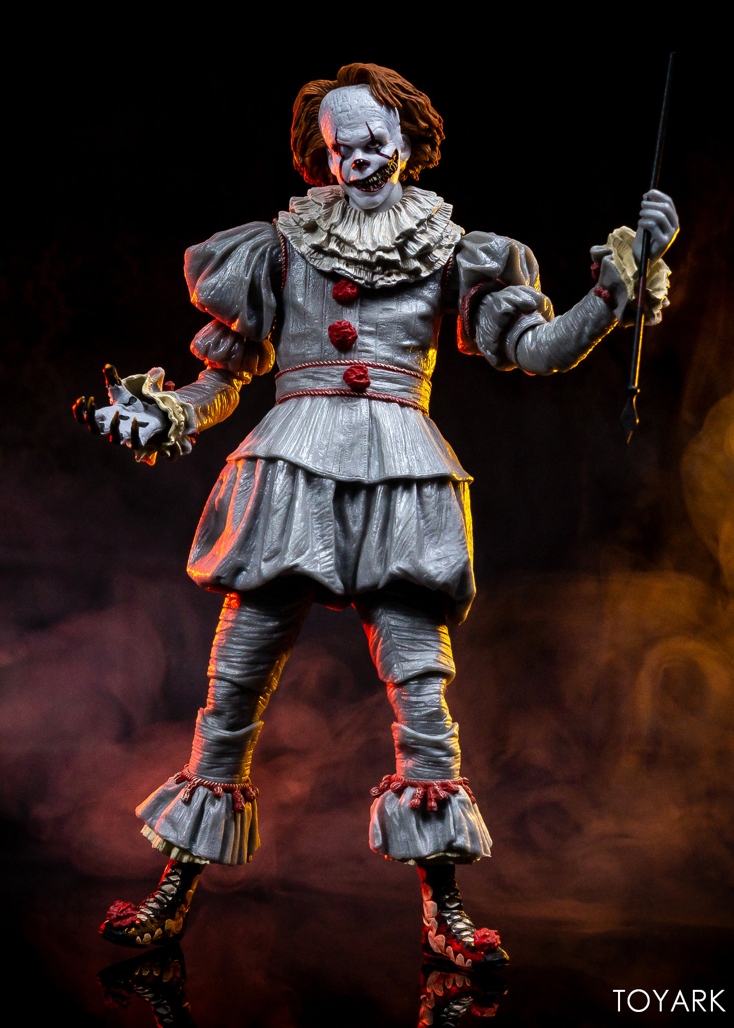 https://news.toyark.com/wp-content/uploads/sites/4/2019/03/Well-House-Pennywise-Gallery-031.jpg