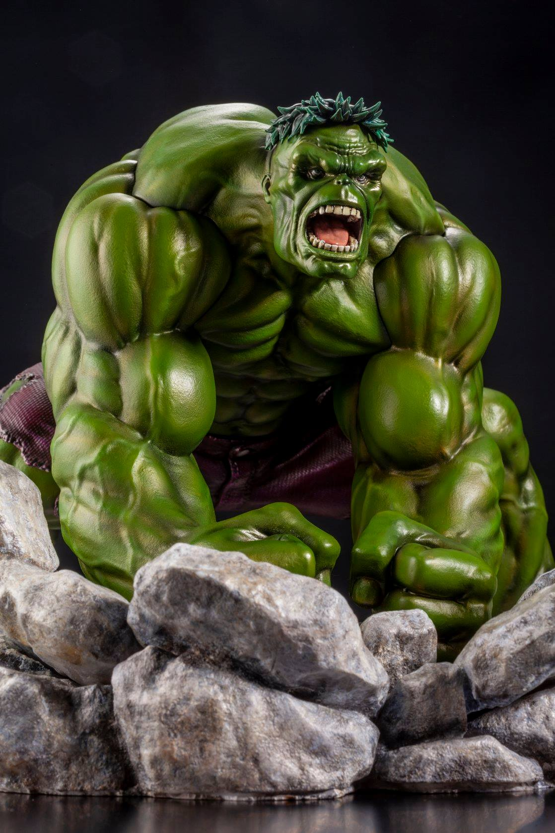 This is a graphic of Tactueux A Picture of the Hulk