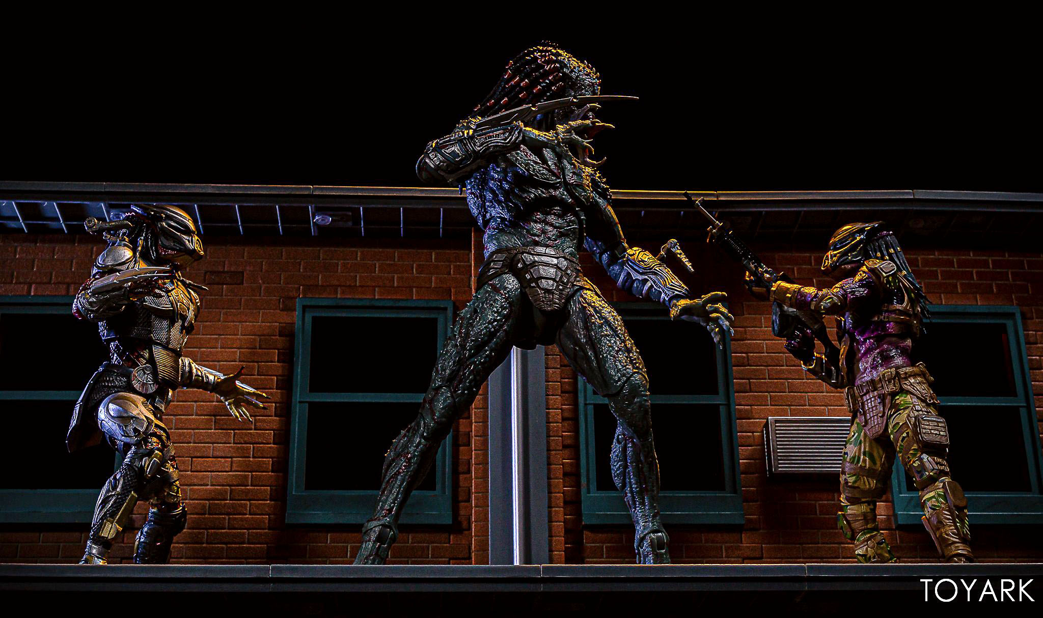 https://news.toyark.com/wp-content/uploads/sites/4/2019/05/Emissary-Predator-1-NECA-Figure-030.jpg