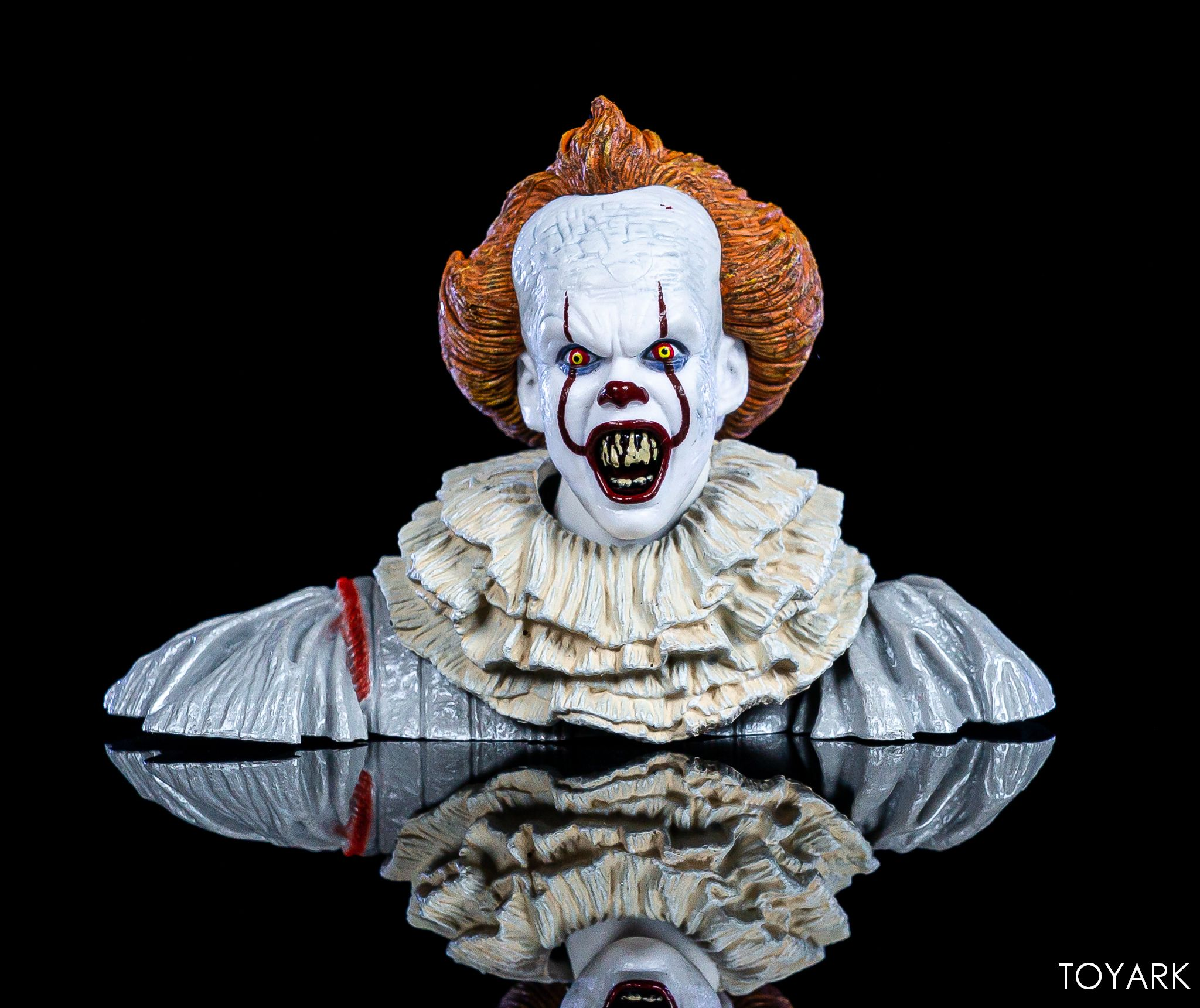 https://news.toyark.com/wp-content/uploads/sites/4/2019/05/NECA-Pennywise-Accessory-Set-011.jpg