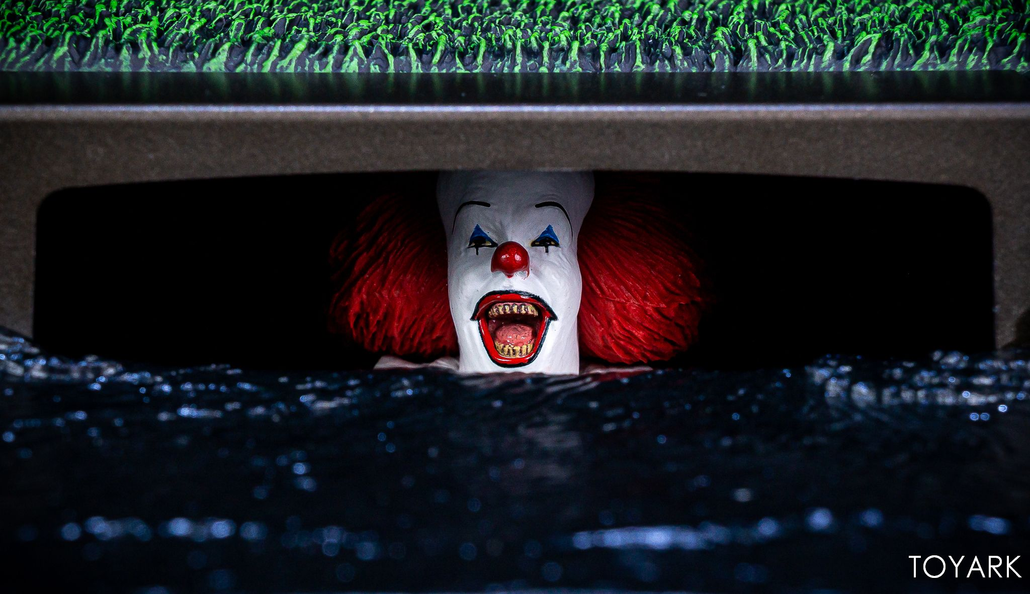 https://news.toyark.com/wp-content/uploads/sites/4/2019/05/NECA-Pennywise-Accessory-Set-036.jpg