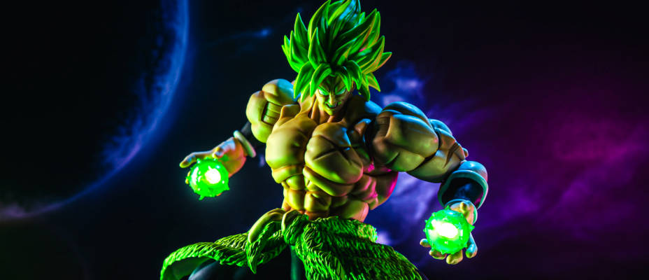 S.H. Figuarts Dragonball Super Broly In-Hand Gallery
