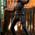 Hot Toys Stealth Suit Spider Man 010