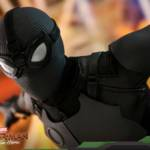 Hot Toys Stealth Suit Spider Man 012