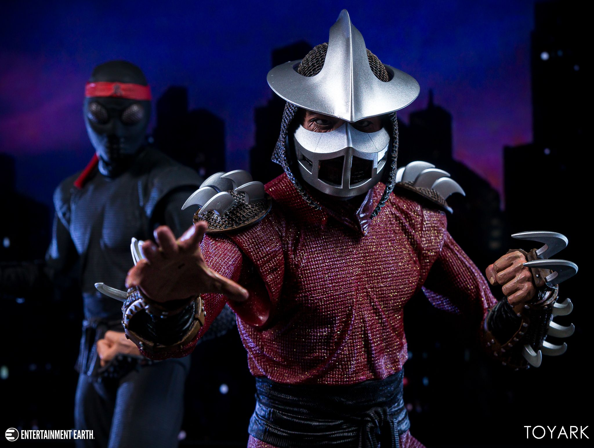 https://news.toyark.com/wp-content/uploads/sites/4/2019/06/NECA-1990-TMNT-Shredder-034.jpg