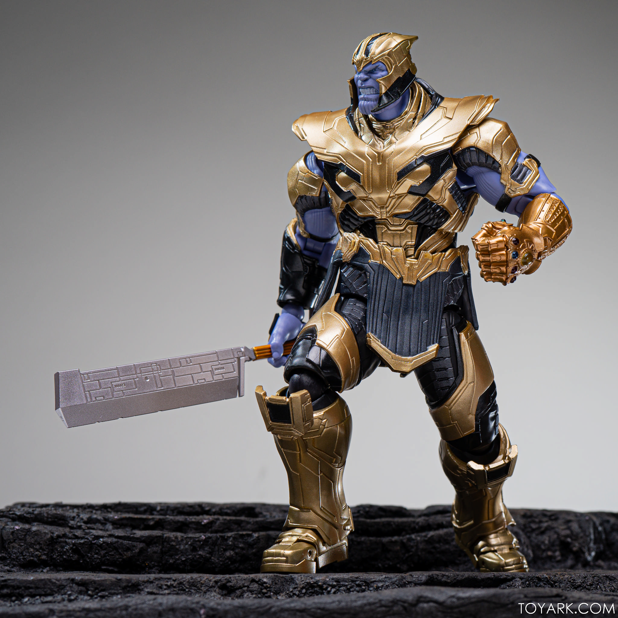 SHF Endgame Thanos 26