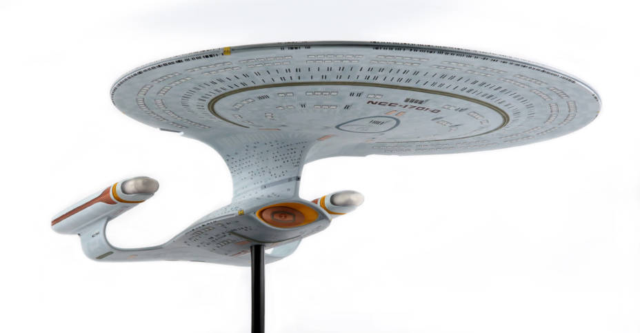 Chronicle Star Trek TNG Enterprise D 011