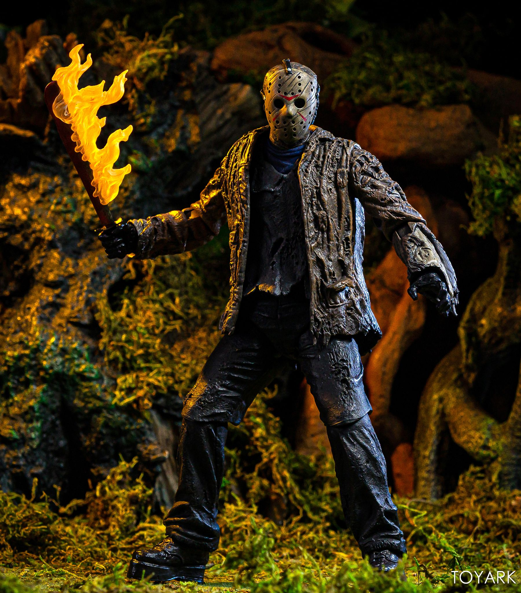 https://news.toyark.com/wp-content/uploads/sites/4/2019/07/FvJ-Jason-Voorhees-NECA-030.jpg