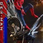 Homecoming Quarter Scale Spider Man DLX 011