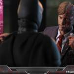 Hot Toys TDK Two Face 009