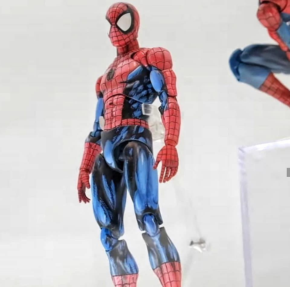 MAFEX Comic Spider Man 002