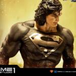 Prime 1 Black Suit Superman Statue 012
