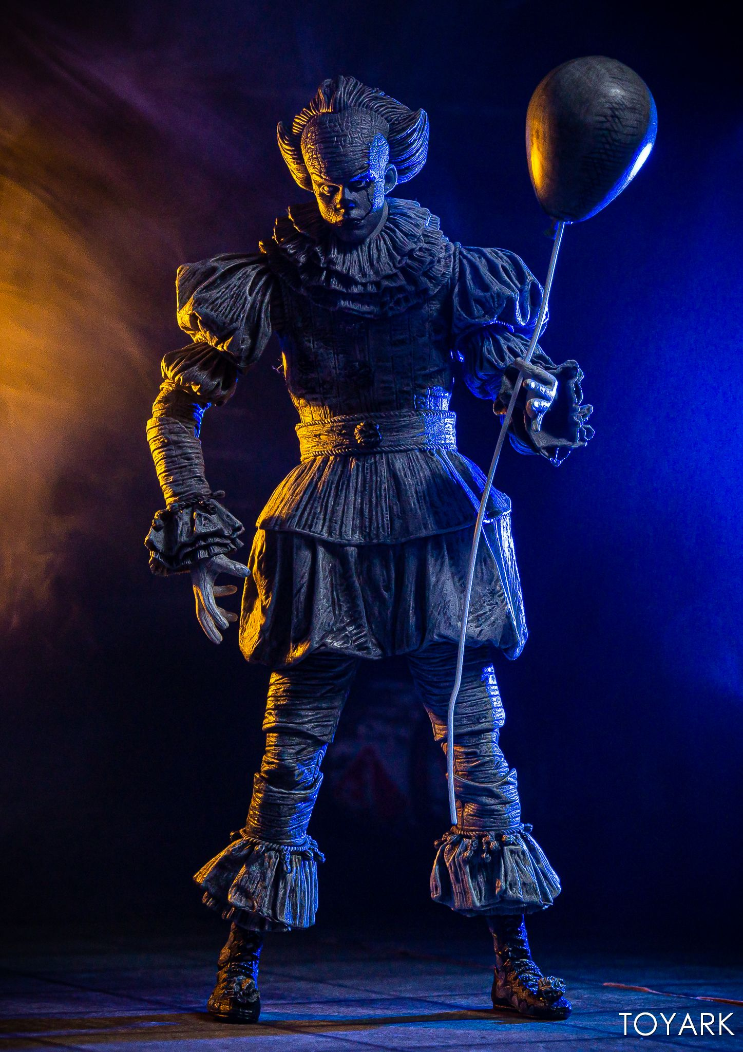 https://news.toyark.com/wp-content/uploads/sites/4/2019/07/SDCC-2019-Etched-Pennywise-NECA-021.jpg