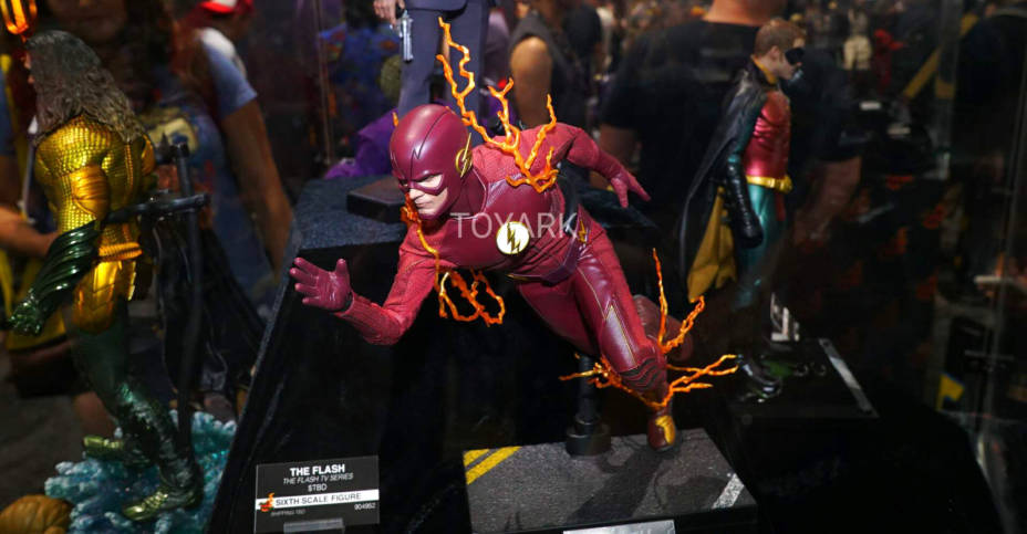 SDCC 2019 Hot Toys 006