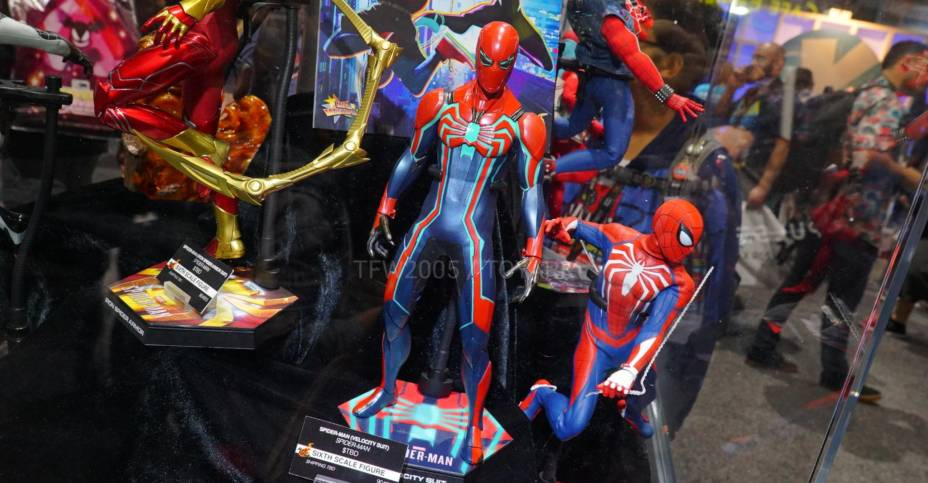 SDCC 2019 Hot Toys Spider Man 009