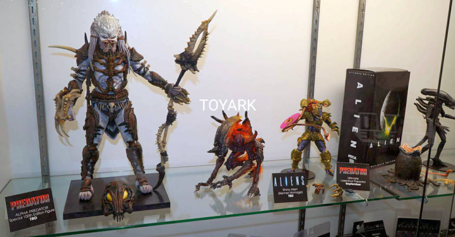 SDCC 2019 NECA Alien and Predator 001