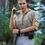 Hot Toys ROTJ Princess Leia 03