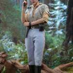 Hot Toys ROTJ Princess Leia 05