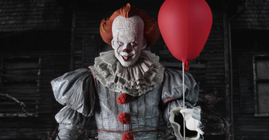 NECA Quarter Scale Pennywise Released 004