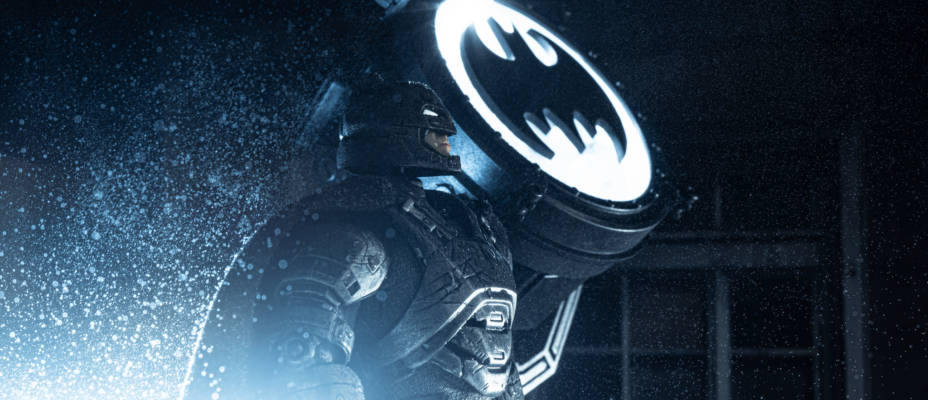 Commissioner Gordan and Bat Signal One:12 Collective Exclusive Edition Gallery