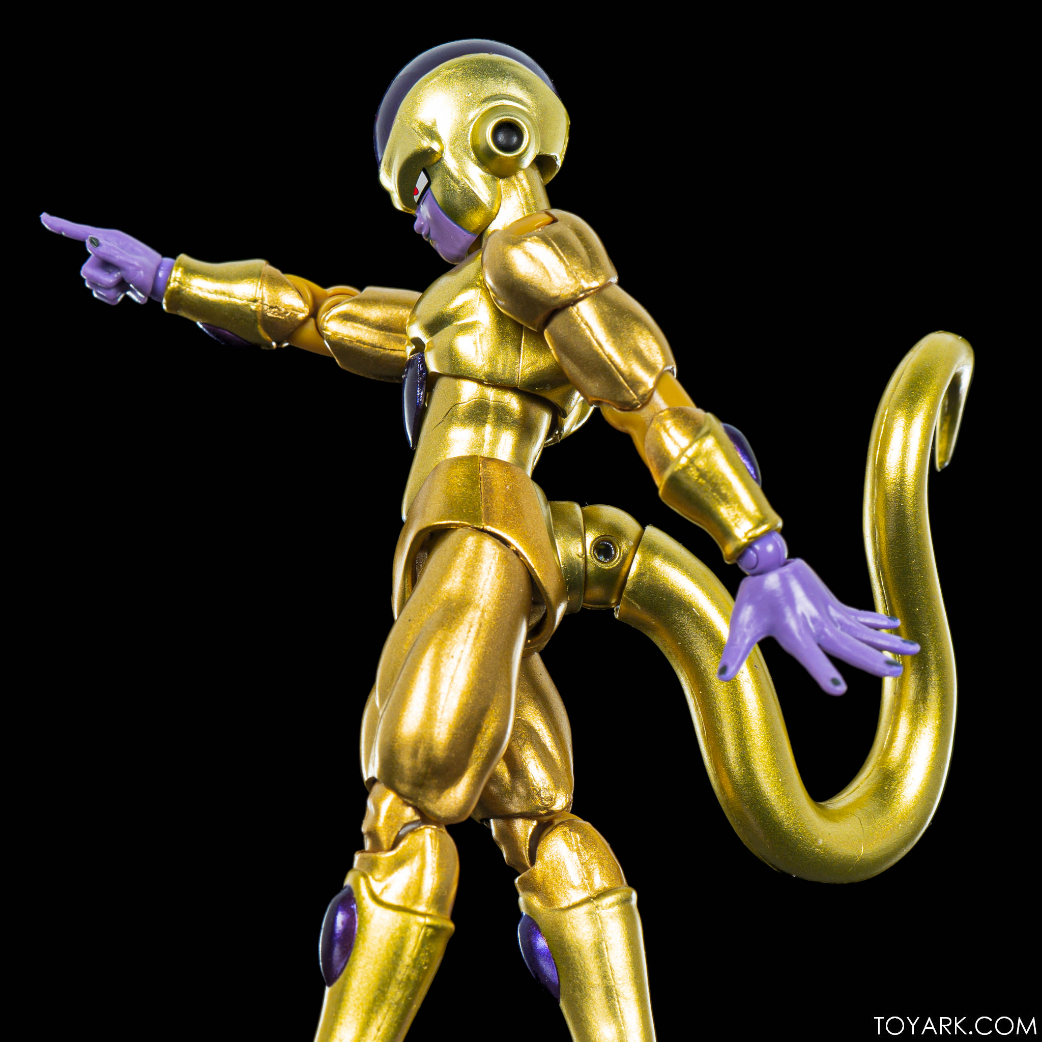 SHF SDCC Golden Frieza 16
