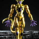 SHF SDCC Golden Frieza 23