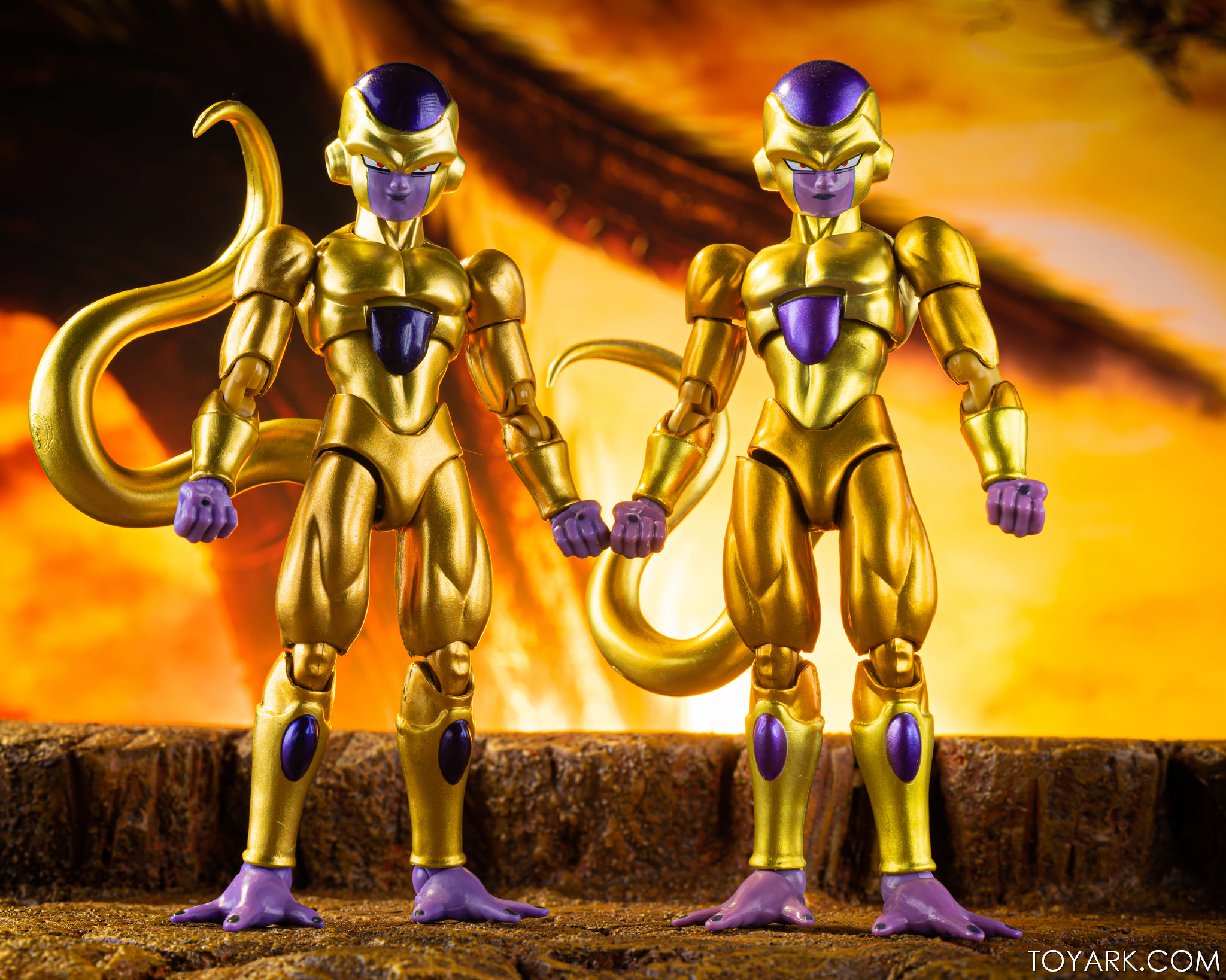 SHF SDCC Golden Frieza 25