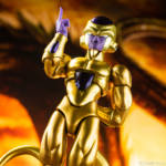 SHF SDCC Golden Frieza 31